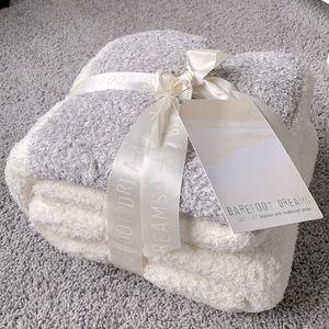 🆕 BAREFOOT DREAMS | CozyChic Blanket